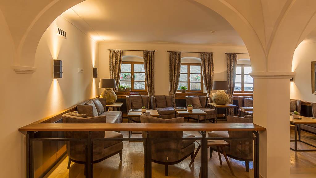 Sitzecke im Hotel der Millipp Beilngries Schoppmeyer GmbH